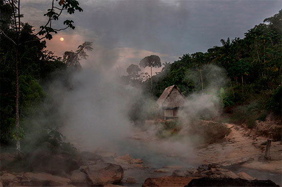 Boiling-River-4